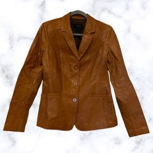 Danier small Italian leather jacket brown Womens buttons pockets Canada fall